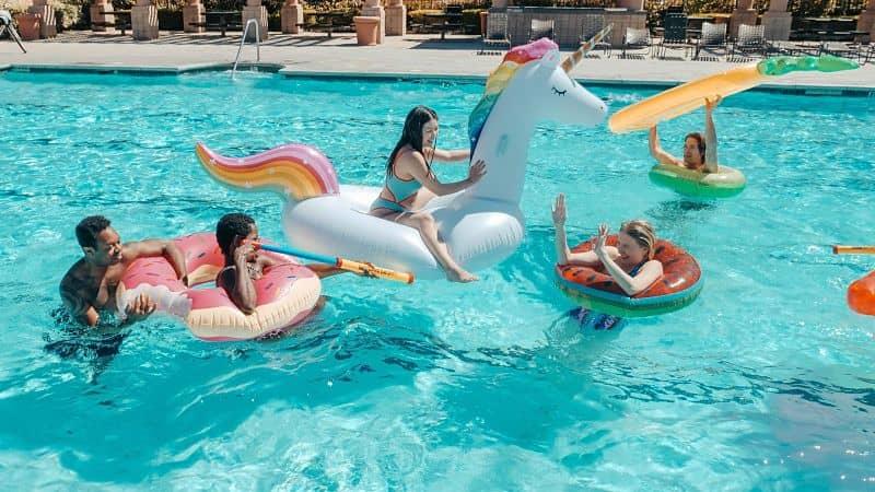 Cómo disfrutar de tu piscina en 2021