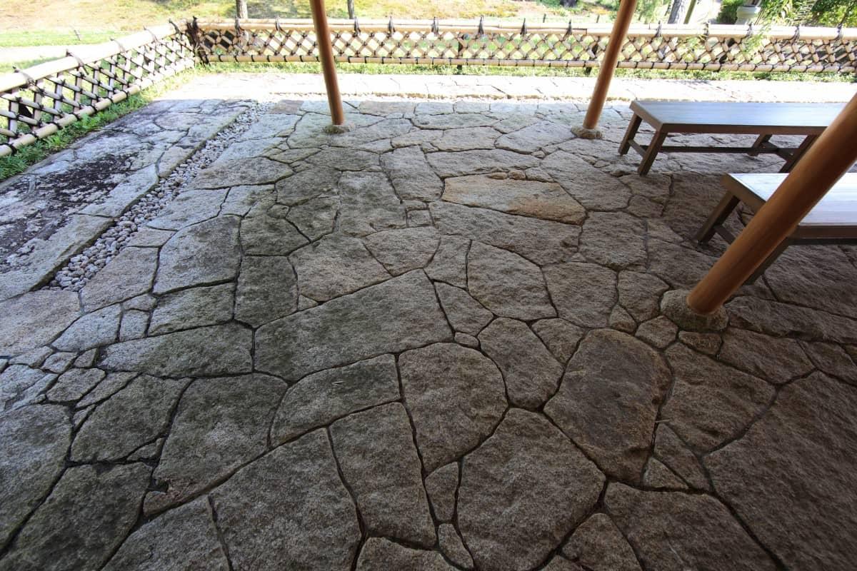 suelo exterior para tu jardín